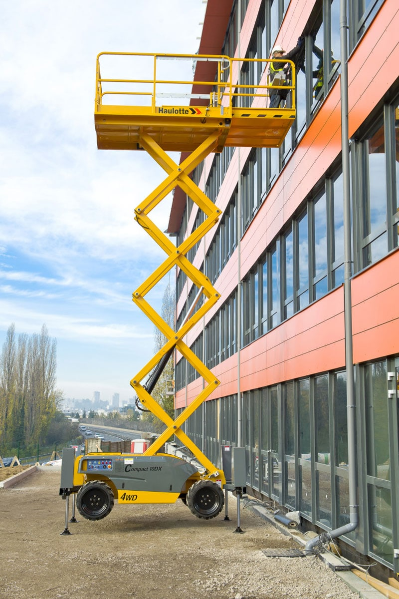 compact 10 dx diesel scissor lift sterling access image 03 - Compact 10 DX - Diesel Scissor Lift For Hire