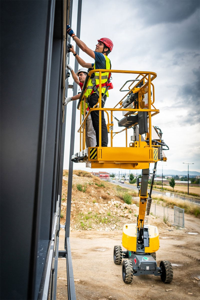 ht23 rtj pro cherry picker sterling access image 02 - HT23 RTJ PRO - Diesel Telescopic Booms Lifts For Hire