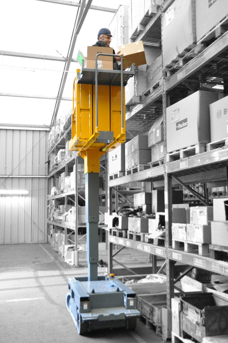 star 6 picking image 03 - Star 6 Picking - Electric Vertical Masts For Sale